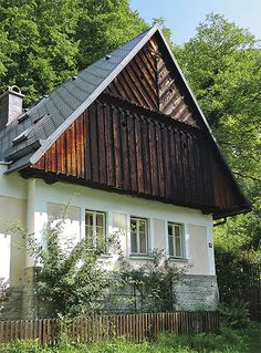 Vernacular Architecture, Traditional House, Hungary, Farm House, Cottages, House Plans, Camping, Country, House Styles