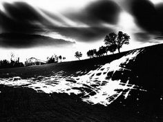 Mario Giacomelli (1925­-2000): the black as scares, the white as nothingness
