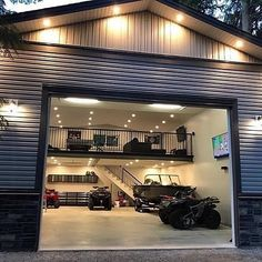 Garage goals @roughjeep #awesome #mancave #garage #badass #ineedthis