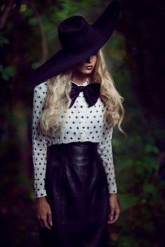 Three Nails Photography Three Nails Photography, Art Photography, Headgear, Leather Skirt, Skirts, Women, Fashion, Moda, Skirt