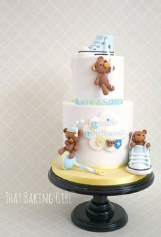 christening cake for a boy Pretty Cakes, Cute Cakes, Beautiful Cakes, Baby Boy Cakes, Cakes For Boys, Decors Pate A Sucre, Torta Baby Shower, Teddy Bear Cakes, Teddy Bears