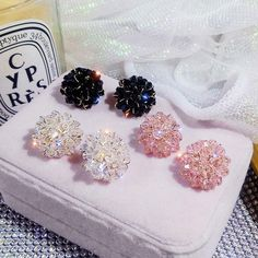 Luxury Shining Crystal Cluster Clip On Earrings For Women Crystal Earrings, Clip On Earrings, Statement Earrings, Women's Earrings, Crystal Flower, Crystal Cluster, Korean Jewelry, Wedding Types, Crystal Shapes