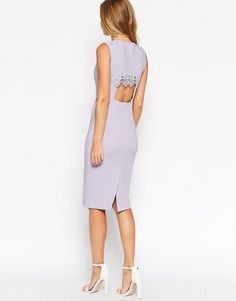 2cec2c2eeff2 Облегающее платье с кружевной вставкой на спинке ASOS - Серо-сиреневый  Vestiti Alla Moda,