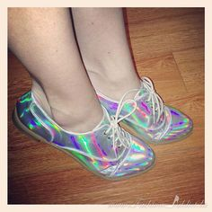 holographic-shoes