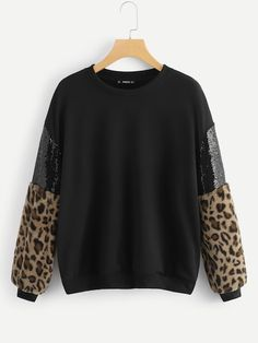 To find out about the Contrast Sequin Leopard Pullover at SHEIN, part of our latest Sweatshirts ready to shop online today! Pullover Pink, Pullover Shirt, Blouse Styles, Pulls, Fashion News, Ideias Fashion, Autumn Fashion, Sequins, Sweatshirts