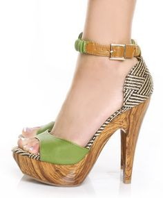 Mona Mia Trinidad Green & Tan Woven Platform Pumps $46