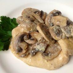 Pollo con funghi champignon - SECONDO DI POLLO