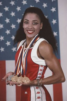 Florence Griffith Joyner, Flo Jo, Comics Girls, Summer Olympics, African American History, Track And Field, Kobe Bryant, Olympic Games, Black Is Beautiful