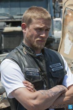 Photos - Search Result Sons of Anarchy - Season 4 - Promtional Episode Photos - Episode 4.02 - Booster - SONS OF ANARCHY: Charlie Hunnam in SONS OF ANARCHY airing Tuesday, September 13, 10pm e/p on FX. CR: Prashant Gupta / FX
