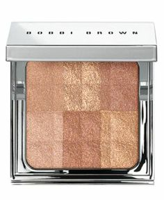 An all-over powder that instantly illuminates skin with a healthy-looking glow. Infused with a skin-brightening blend of mulberry, grape, scutellaria extracts, and the moisture-magnet sodium hyaluronate, this finishing powder helps skin stay fresh and smooth-looking. The metallic, silver palette includes an interior mirror for perfect application and an elegant feel no matter where you touch up.