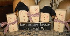 SNOWMAN FAMILY  PRIMITIVE WINTER BLOCK SIGN SIGNS