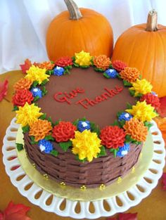 12 Thanksgiving Cakes We Are Grateful For   Best Thanksgiving Ever     Check out these awesome holiday cakes shared by our very talented readers   If you too have a holiday cake idea to share  you are most welcome to do so  here