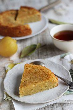 Melt-in-Your-Mouth Lemon Cake Raw Desserts, Vegan Dessert Recipes, Delicious Vegan Recipes, Cake Recipes, Yummy Food, Sweet Desserts, Lemon Recipes, Sweet Recipes, Baking Basics