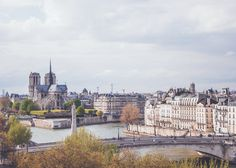 Paris is always a good idea! #lunamoons. #honeymoon