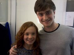 Harry Potter with Lily Evans as a young child!⚡️⚡️ - Harry Potter with Lily Evans as a young child! Lily Potter, Cute Harry Potter, Harry Potter Actors, Harry Potter Pictures, Harry Potter Jokes, Harry Potter Tumblr, James Potter, Harry Potter Universal, Harry Potter World