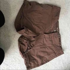 Brown shorts size 10 Never worn Sonoma Shorts