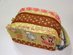double zipper cosmetic pouch with link to video tutorial