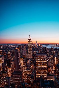 11 Dreadful High Heels Pictures Aerial View Of City Buildings During Night Time Architecture Life, Architecture Details, North And South, Cityscape Wallpaper, Pretty Phone Backgrounds, New York Cityscape, Hd Phone Wallpapers, City Buildings, Aerial View