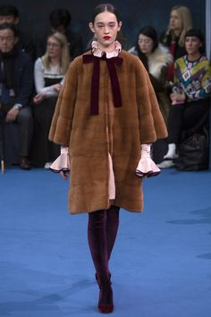 Roksanda Fall 2016 Ready-to-Wear Fashion Show  http://www.theclosetfeminist.ca/  http://www.vogue.com/fashion-shows/fall-2016-ready-to-wear/roksanda/slideshow/collection#22