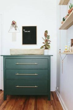 11 Surprising Ways to Upgrade an Ikea Dresser Green and Gold - Ikea DIY - The best IKEA hacks all in one place Home Decor Trends, Diy Home Decor, Decor Room, Ikea Dresser Hack, Ikea Hack Nursery, Ikea Nightstand, Hemnes Ikea Hack, Hemnes Drawers, Ikea Tarva Dresser