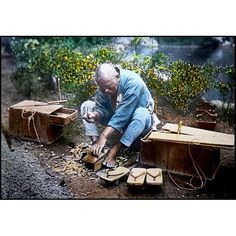 A photo of a gets maker from T. Enami's collection of Japan life during the late 19th century and the beginning of the Meiji Restoration  #tenami #EnamiNobukuni #江南信國 #歴史 #日本 #幕府 #幕末 #将軍 #japan #japanesehistory #history #bakufu #bakumatsu #明治時代 #MeijiRestoration #geta #下駄 (by samurai_tamashii)
