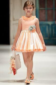 Vestidos de Niñas y Ropa para Niños: Ultima moda para niños-Primavera-Verano 2014 de Larrana