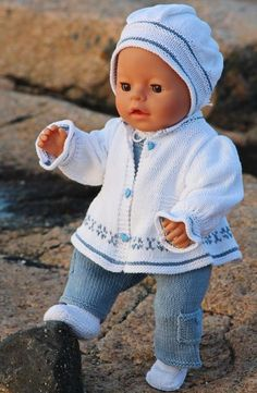 Baby Knitting Patterns Knitting patterns for dolls Kooppatroon of voor inspiratie. Baby Knitting Patterns Toys Knitting instructions dolls - New summer clothes for the doll Welcome to Maalfrid Gausel doll knitting patterns store - the most lovely knitting Knitting Dolls Clothes, Crochet Doll Clothes, Knitted Dolls, Doll Clothes Patterns, Doll Patterns, Baby Knitting Patterns, Love Knitting, Baby Born Clothes, Bitty Baby Clothes