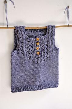 Too Hot Coffee Sleeve – Free Pattern – Interests Baby Hat Knitting Pattern, Knit Vest Pattern, Sweater Knitting Patterns, Knitting For Kids, Easy Knitting, Knitting Wool, Coffee Sleeve, Knitted Baby Clothes, Baby Vest