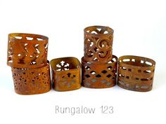 Set of six beautiful vintage metal napkin rings. Great addition to a unique tablescape. Bungalow 123, Vintage Metal, Napkin Rings, Party Themes, Napkins, Hotel California, Entertaining, Tips, Design
