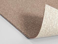 Mocheta maro deschis birouri cu fir buclat ignifugata cu grosime totala de 6 mm, de la Balta ITC Belgia. Latimea rolei este de 4 m dar la comanda poate fi fabricata si pe 5 m.