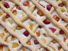 Raspberrybrunette: Jemný tvarohový mrežovník s broskyňami Waffles, Pie, Breakfast, Food, Yummy Cakes, Torte, Morning Coffee, Cake, Fruit Cakes