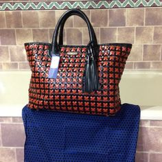 Rebecca Minkoff handbag HOST PICK Rebecca Minkoff beautiful handbag. This is a very pretty bag with a lot of room inside with a zip pocket inside and two slots for cellphone or accessories. Used a few times. Get many compliments on this beauty! Rebecca Minkoff Bags