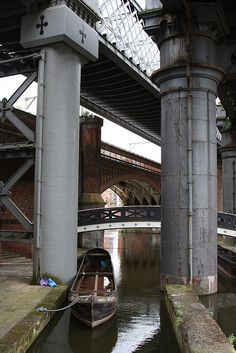 Castlefield Columns - Manchester. The Cheshire Ring from Anderton Marina takes 10/11 nights to complete. www.abcboathire.com