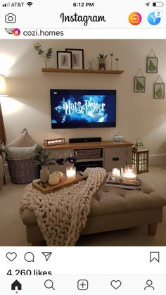 60 Most Trending Sectional Tv Room Decoration Ideas - Diaror Diary - Page 13 ♥ 𝕴𝖋 𝖀 𝕷𝖎𝖐𝖊, 𝕱𝖔𝖑𝖑𝖔𝖜 𝖀𝖘!♥ ♥ ♥ ♥ ♥ ♥ ♥ ♥ ♥ ♥ ♥♥♥ Hope this cozy tv room decoration ideas inspire you! Cozy Living Rooms, New Living Room, My New Room, Home And Living, Small Apartment Living, Living Room Ottoman Ideas, Indie Living Room, Living Room Ideas Townhouse, Girl Apartment Decor