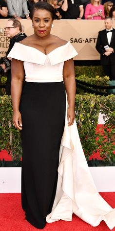 See All the Celebrity Looks from the 2017 SAG Awards Red Carpet - Uzo Aduba from InStyle.com