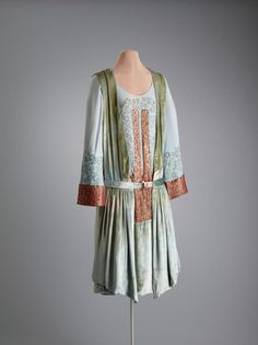 1920-1923, America - Afternoon dress by Thurn - Silk jersey (?), silk velvet, silk crêpe, metallic thread