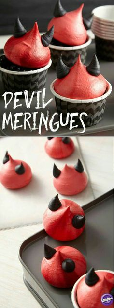 Little Devils Meringue Cookies Devilishly clever cookies complete with horns give any Halloween celebration a slightly mischievous edge. The wicked shades of crimson and black are easy to achieve using the Wilton Color Right Performance Color System. Halloween Cupcakes, Halloween Snacks, Halloween Torte, Bolo Halloween, Postres Halloween, Dessert Halloween, Hallowen Food, Halloween Goodies, Easy Halloween