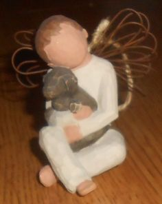 WILLOW TREE BOY ANGEL OF COMFORT FIGURINE ORNAMENT HOLDING A DOG SUSAN LORDI