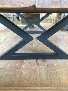 Discover recipes, home ideas, style inspiration and other ideas to try. Welded Furniture, Iron Furniture, Steel Furniture, Unique Furniture, Steel Table Legs, Coffee Table Legs, Coffee Table Design, Diy Metal Table Legs, Dining Table Height