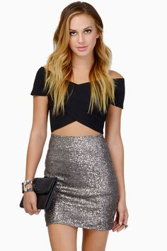 Tobi Be Seen Sequin Pencil Skirt Nye Outfits, Night Outfits, Skirt Outfits, Pretty Outfits, Dress Skirt, Sexy Dresses, Nice Dresses, Skirt Fashion, Fashion Outfits