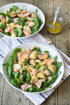 Quick and simple warm salmon and new potato salad with a lemon, honey & mustard dressing.