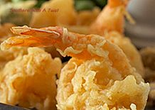 Try Tempura Batter! You'll just need 1 cup flour, 1 heaping tablespoon corn starch sifted with flour, 1 cup seltzer water (club soda), cup beer, 1 tsp. Fried Shrimp Batter, Fried Shrimp Recipes, Shrimp Dishes, Fish Dishes, Fish Recipes, Seafood Recipes, Asian Recipes, Cooking Recipes, Japanese Recipes