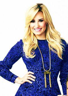 Demi... sua linda! Eu te amo tanto, que vc nem imagina! Hj vc completa 21 aninhos *0* 21 aninhos de pira dedicação e perfeição! E também talento :3 te amo e feliz aniversario, minha diva! @Demetria Lovato #demi #happybirthday #love #you