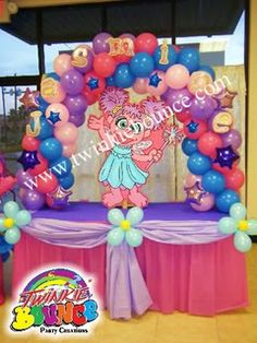 Claudia Aguilar uploaded this image to 'balloon decor'.  See the album on Photobucket.