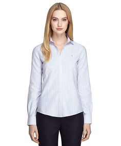 Every girl needs a few oxfords in her closet, & this tried and true preppy option from #RedFleece fits the bill.