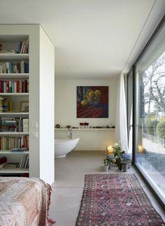 Leben, essen, musizieren in einem großen Wohnraum | Nissen Wentzlaff Architekten ©Ruedi Walti, Basel