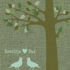 Een hippe, groene trouwkaart met silhouet van een boom en twee vogels met een hartje.