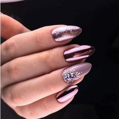 45 Fall Can Also Be Recommended With Frosted Nail Style These trendy Nail Designs ideas would gain you amazing compliments. Check out our gallery for more ideas these are trendy this year. Cute Gel Nails, Cute Acrylic Nails, Beautiful Nail Art, Gorgeous Nails, Beautiful Ladies, Stylish Nails, Trendy Nails, Fall Nail Trends, Gel Nail Art Designs