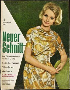 """1960s Fashion. Magazine Cover """"Neuer Schnitt"""" 12.1962"""
