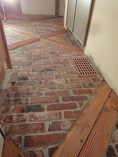 2x4 faux brick floor with wood blocks! wooden blocks for fake